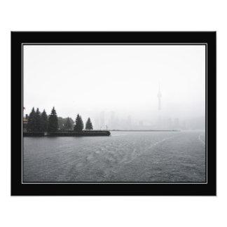 Toronto hamnhorisont i gränsade Rain Fototryck