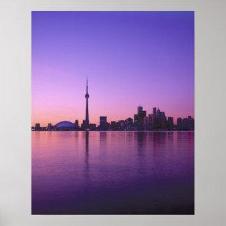 Toronto horisont på natten, Ontario, Kanada Poster
