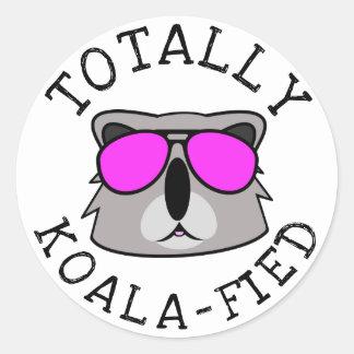 Totalt Koalafied Runt Klistermärke