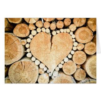 Trä är du min? Lantlig trähjärtaanpassningsbar Hälsningskort