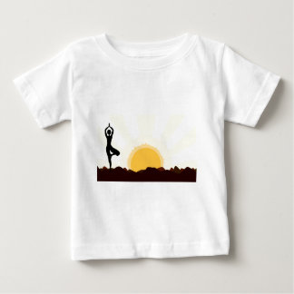 Träd Asana T-shirts
