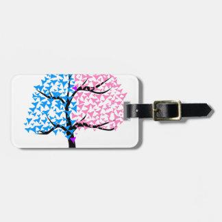Träd för pojkeflickahjärtor bagagebricka