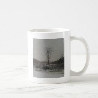 Träd i vinter kaffemugg