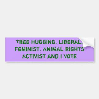 Träd som kramar aktivisten, och jag röstar klister bildekal