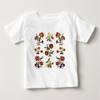 Traditionell Monmouth Jacobean broderi T-shirts