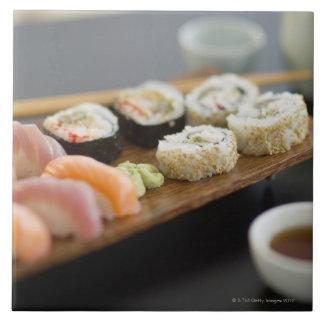 Traditionella japanska sushi kakelplatta