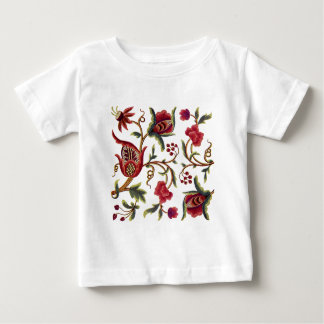 Traditionellt Jacobean broderimönster T Shirts