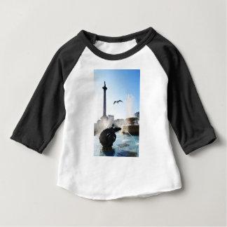Trafalgar kvadrerar i London, UK T-shirt