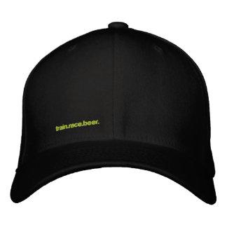 TRAIN.RACE.BEER. Sladd-passform hatt