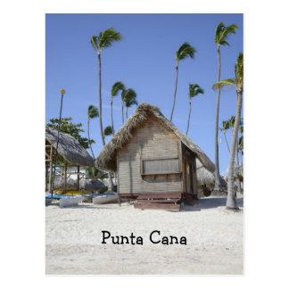 träkoja på en tropisk strand vykort