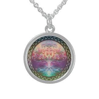 Tranquilitylivets träd i regnbågefärger sterling silver halsband