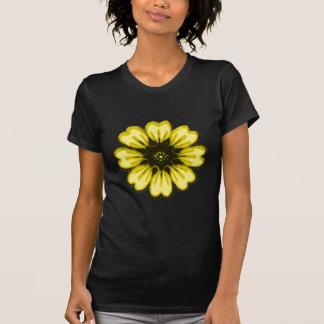Transp för daisygultsvart de MUSEUMZazzle gåvorna Tshirts