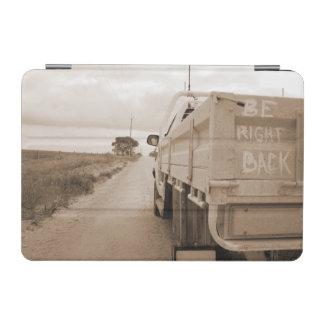 Travel är höger baksida landskap grusväghimmelute iPad mini skydd