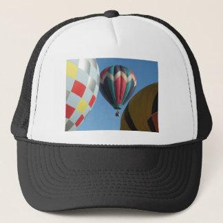 Tre luftballonger truckerkeps