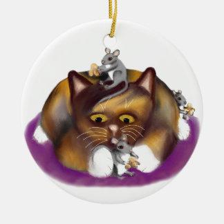 Tre lyckliga möss och deras Calicovän Julgransprydnad Keramik