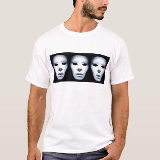 Tre spöklika ansikten i Dark.jpg T Shirt