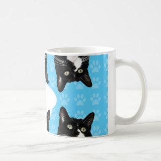 Trefaldig gullig kattunge kaffemugg