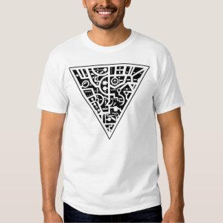 Triangulär skåra en tshirts