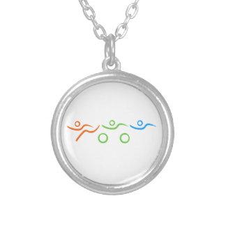Triathloncoola och unik design silverpläterat halsband