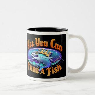 Trimma en fiskdryckmugg Två-Tonad mugg
