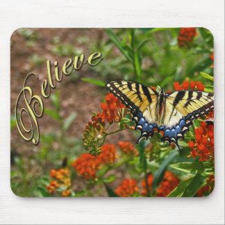Tro w/Butterfly & blommor Musmatta