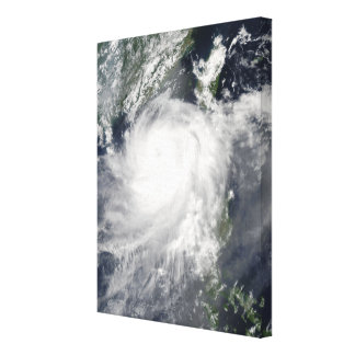 Tropisk Cyclone Linfa Canvastryck