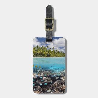 Tropisk lagun i den södra Ari atollen Bagagebricka