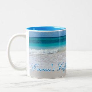 Tropisk mugg för kaffe för strandplatspersonlig