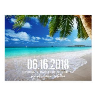 Tropisk strandbröllop spara datumvykort vykort