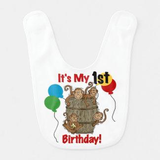 Trumma av den 1st födelsedaghaklappen för apor