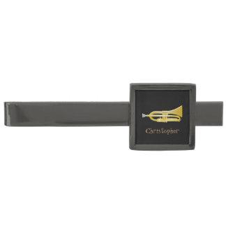 Trumpeten tillfogar precis namnsvart stålgrå pläterad slipsnål