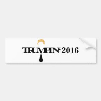Trumpin typografisk bildekal