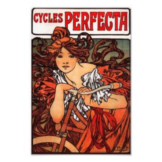 Tryck för Alphonse Mucha vintagecykel Fototryck