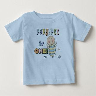 Tshirts och gåvor för födelsedag för pojkebabybi