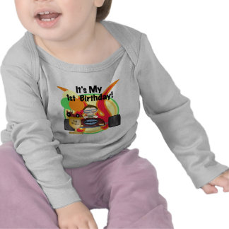 Tshirts och gåvor för födelsedag för tävlingbil 1s