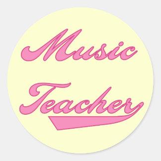 Tshirts och gåvor för musiklärare rosa runda klistermärken