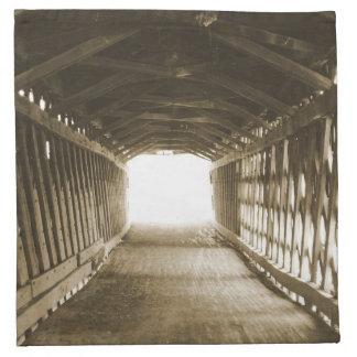 Tunnel av ljust tygservett