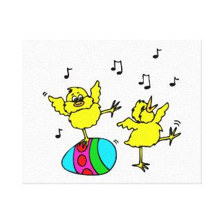 två dansa chick och påsk egg.png canvastryck