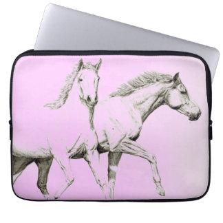Två hästar laptop fodral