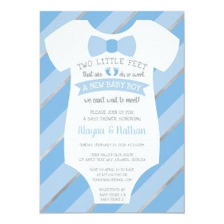 Två lite fot baby showerinbjudan, fluga 12,7 x 17,8 cm inbjudningskort