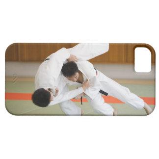 Två manar som konkurrerar i en Judomatch 2 iPhone 5 Case-Mate Skydd