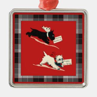 Två Scottiehundar, svartvit skotsk Terrier Julgransprydnad Metall