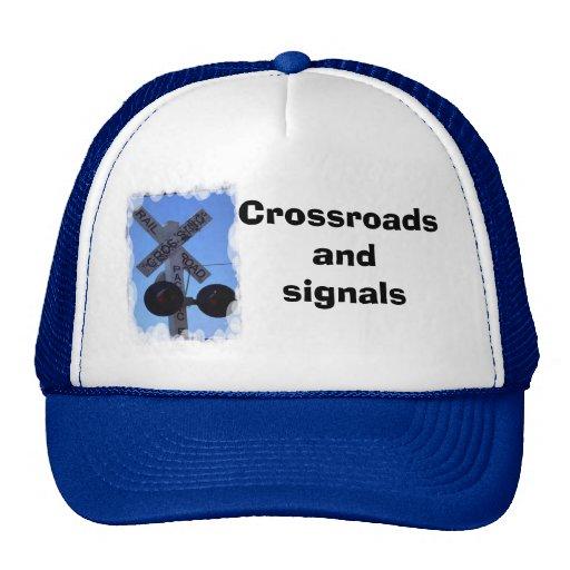 Tvärgator och signalerar trucker kepsar