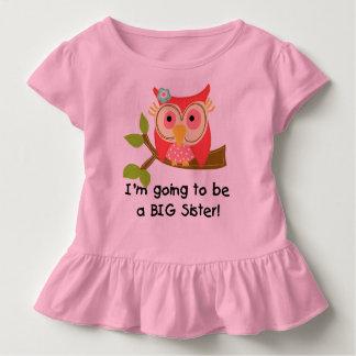 Uggla som går att vara en syster t-shirt