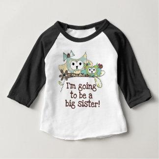 Ugglaframtidsstorasyster T-shirt