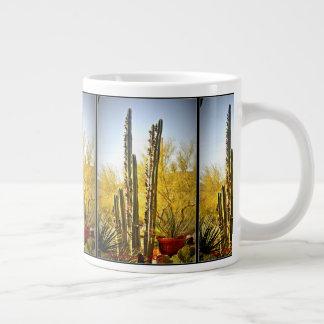 Ugnen leda i rör kaktusen i mugg för jumbo mugg