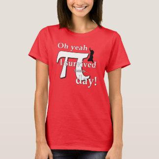 Ultimat Pi-dagfirande - jag överlevde (glödhett) Tee Shirts