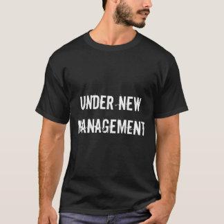 Under ny roliga bröllopmanar för ledning T-tröja T Shirts