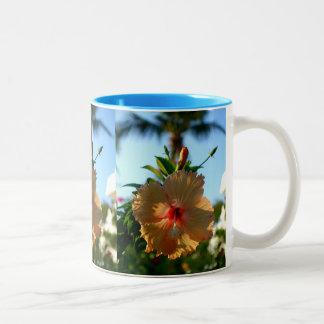 Underbar hibiskus Två-Tonad mugg