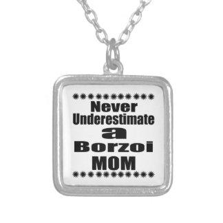 Underskatta aldrig Borzoimamman Silverpläterat Halsband